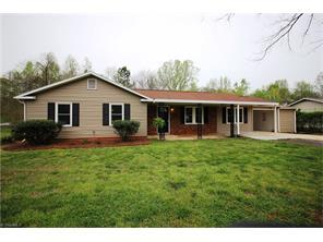 100 Hollow Hill Ct, Mocksville NC 27028