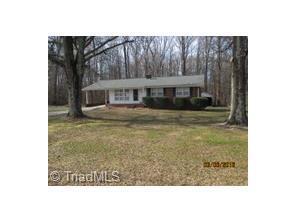 3977 Vance St, Reidsville NC 27320