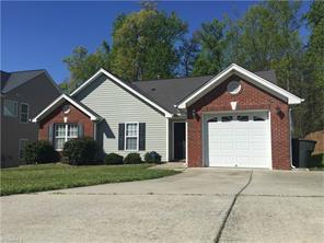 1022 Blazingwood Dr, Greensboro, NC