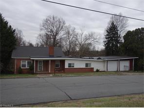 1101 Lyle St, Reidsville NC 27320