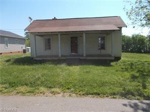 112 Foster St, Mocksville NC 27028