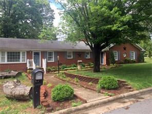 306 Broad St, Reidsville NC 27320