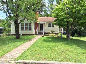 1115 S Woodleigh Cir Reidsville, NC 27320