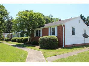 1825 Villa Dr, Greensboro, NC