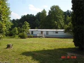 180 Carl Ln Reidsville, NC 27320