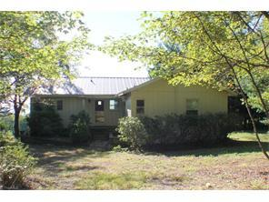 22 Glen Pine Ln, Fancy Gap, VA 24328