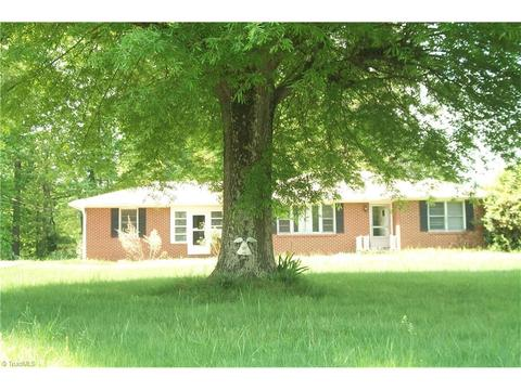 7961 Old Us Highway 52, Lexington, NC 27295