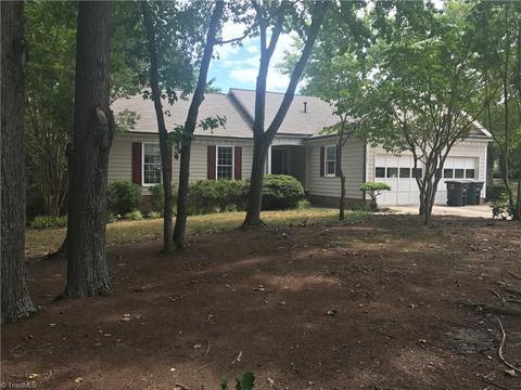 6709 River Hills Dr, Greensboro, NC 27410