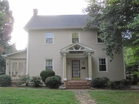 434 S Hawthorne Rd, Winston Salem, NC 27103