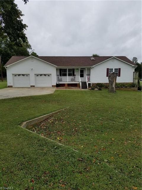 2125 Twin Pines Dr, Kernersville, NC 27284 MLS# 902754