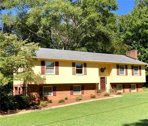 1143 Pine Knolls Rd, Kernersville, NC 27284