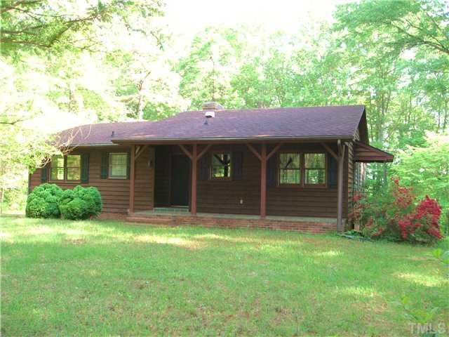 565 Wharncliff Rd, Clarksville, VA 23927