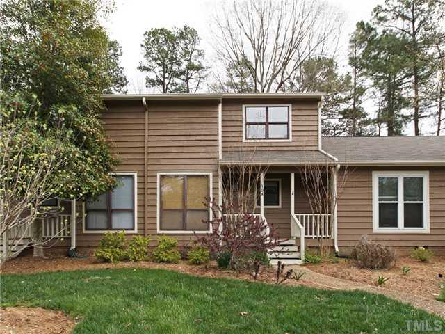 104 Applecross Dr, Cary, NC