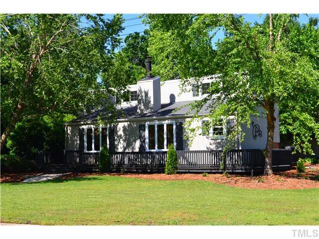 1702 Hawthorne Ln, Burlington, NC