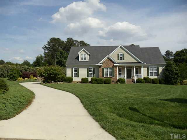 1401 Upchurch Woods Dr, Raleigh, NC