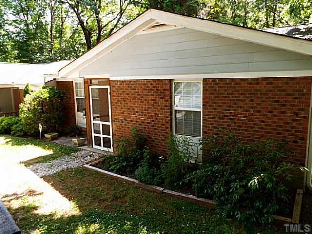 108 Old Pittsboro Rd #APT b, Carrboro, NC