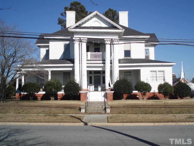 201 E Church St, Benson, NC
