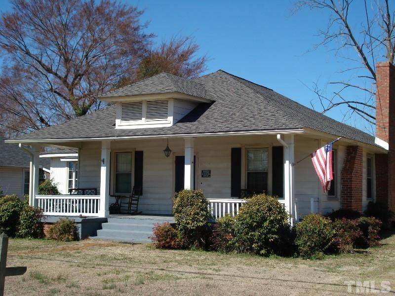 306 E E St, Erwin, NC