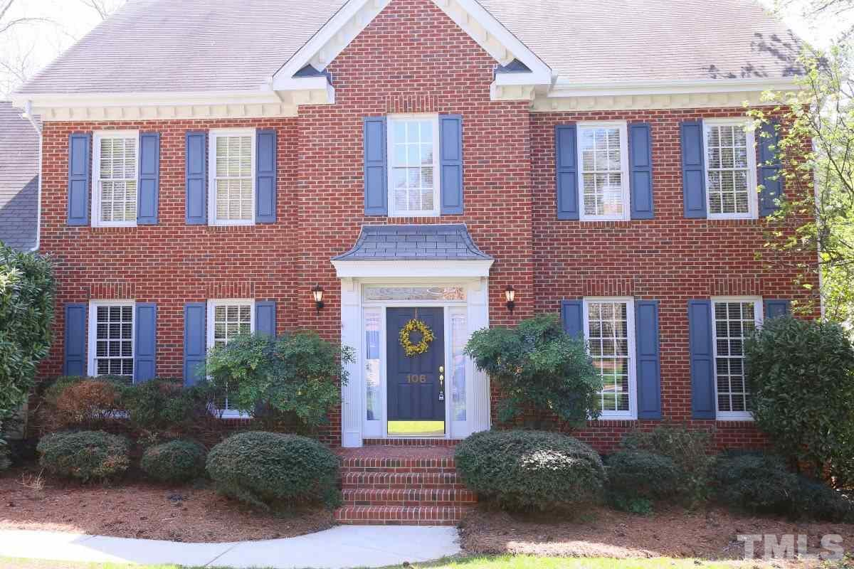 106 Stoneleigh Dr, Cary, NC
