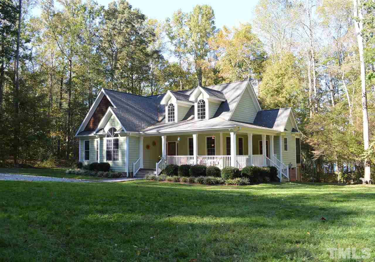 199 Oakwood Ln, Roxboro, NC