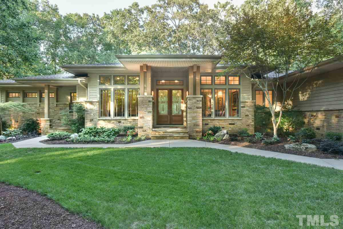 410 Woodgate Dr, Chapel Hill, NC