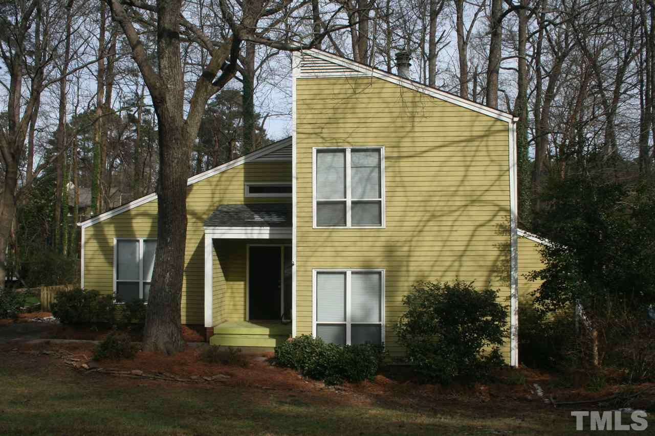325 Ashebrook Dr, Raleigh, NC