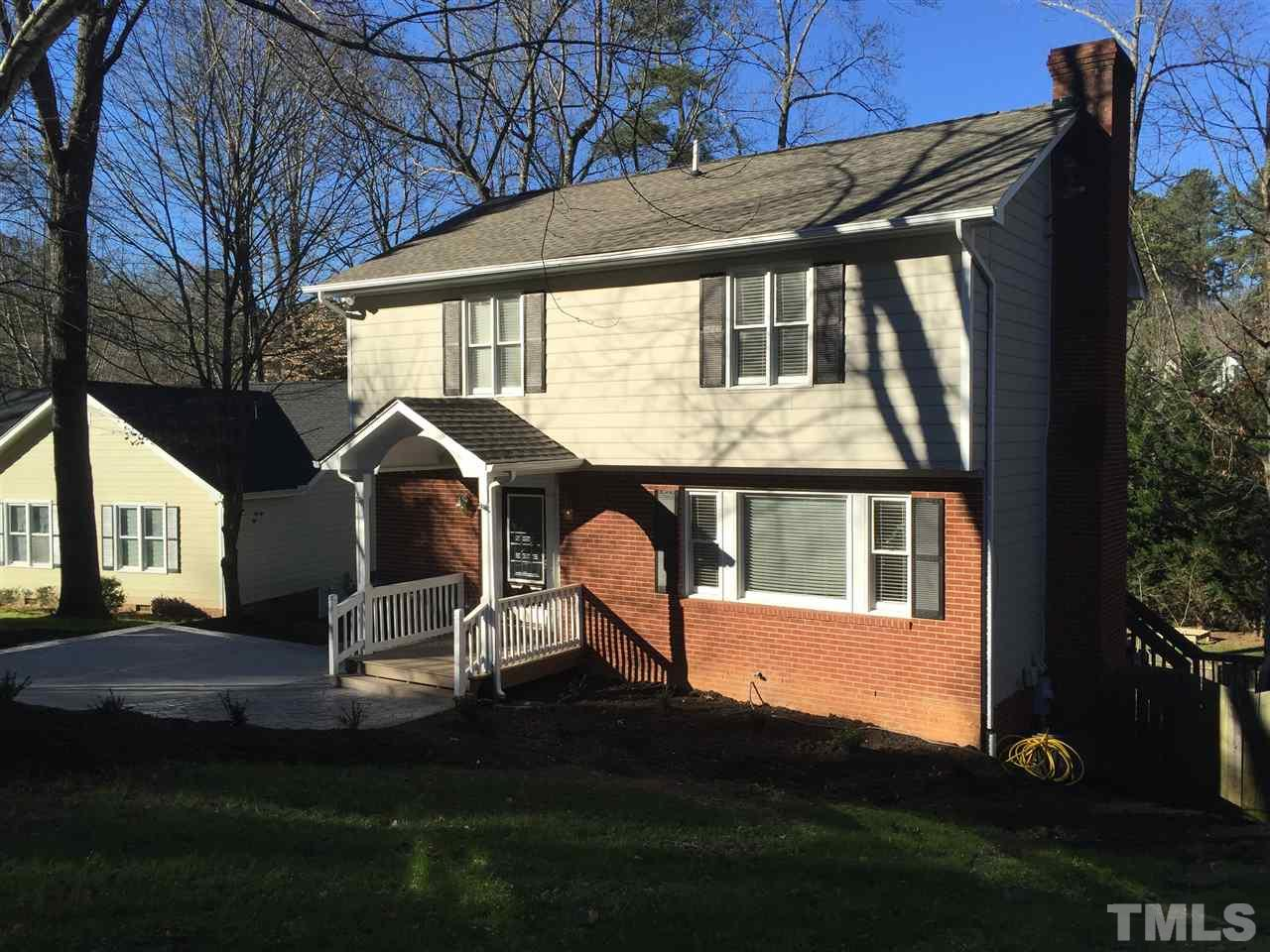 105 Thensia Ct, Cary, NC