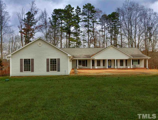 264 Griffin Dr, Buffalo Junction, VA 24529