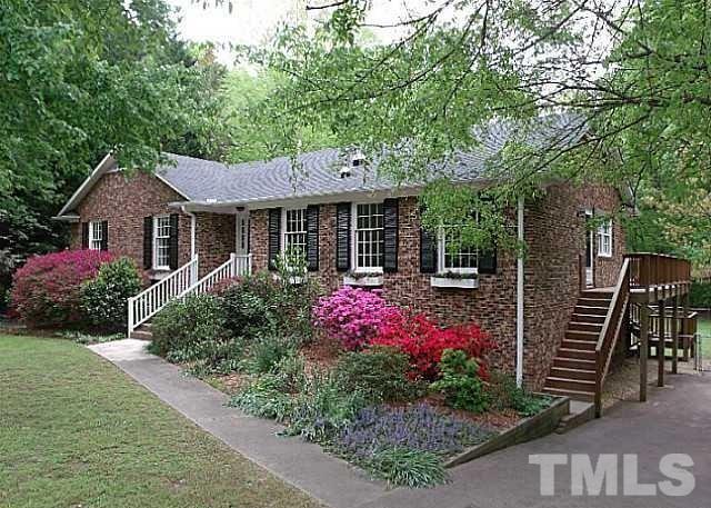907 Emory Dr, Chapel Hill NC 27517