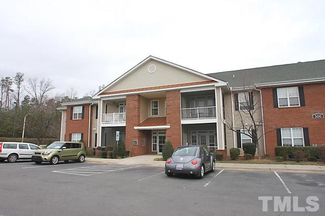 523 Weather Ridge Ln #APT 523, Cary NC 27513