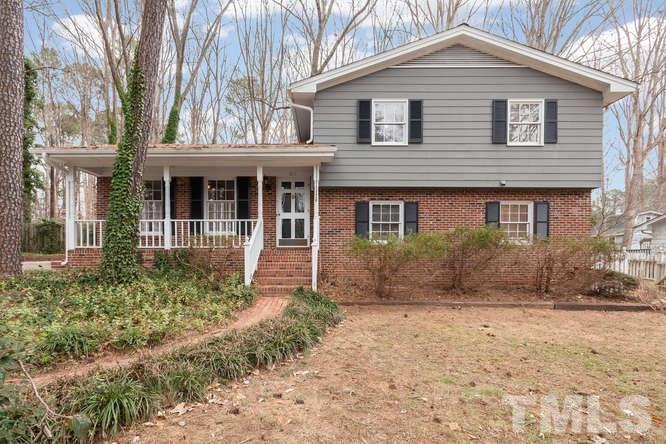 1612 Stonehurst Rd, Raleigh, NC