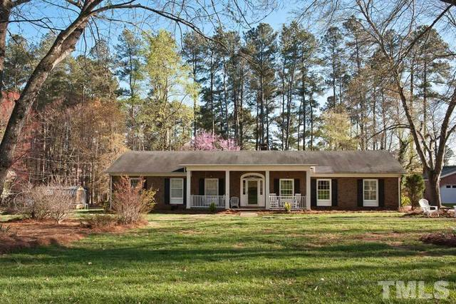 370 Pine Lake Dr, Siler City NC 27344