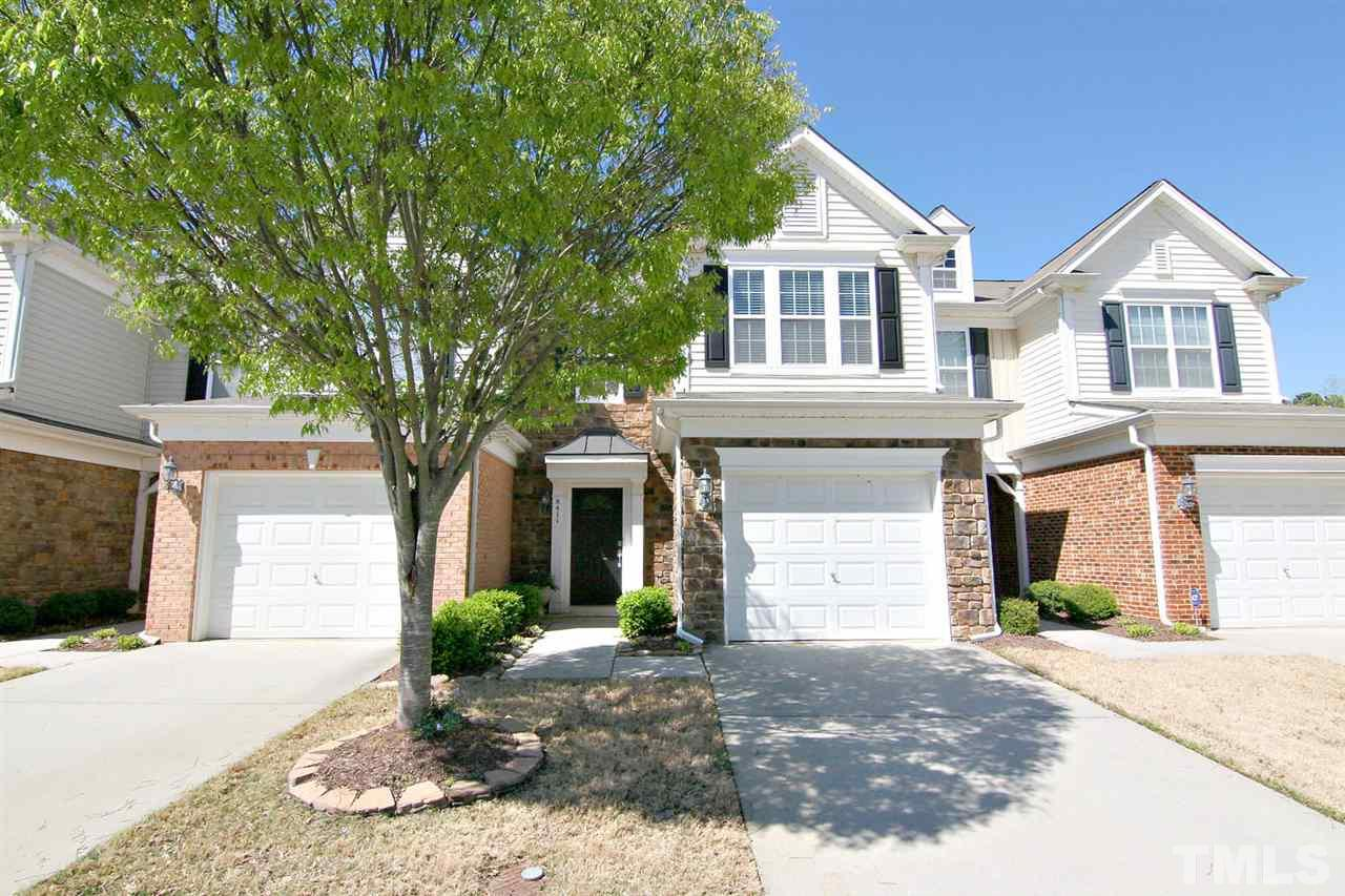 8411 Pilots View Dr, Raleigh, NC