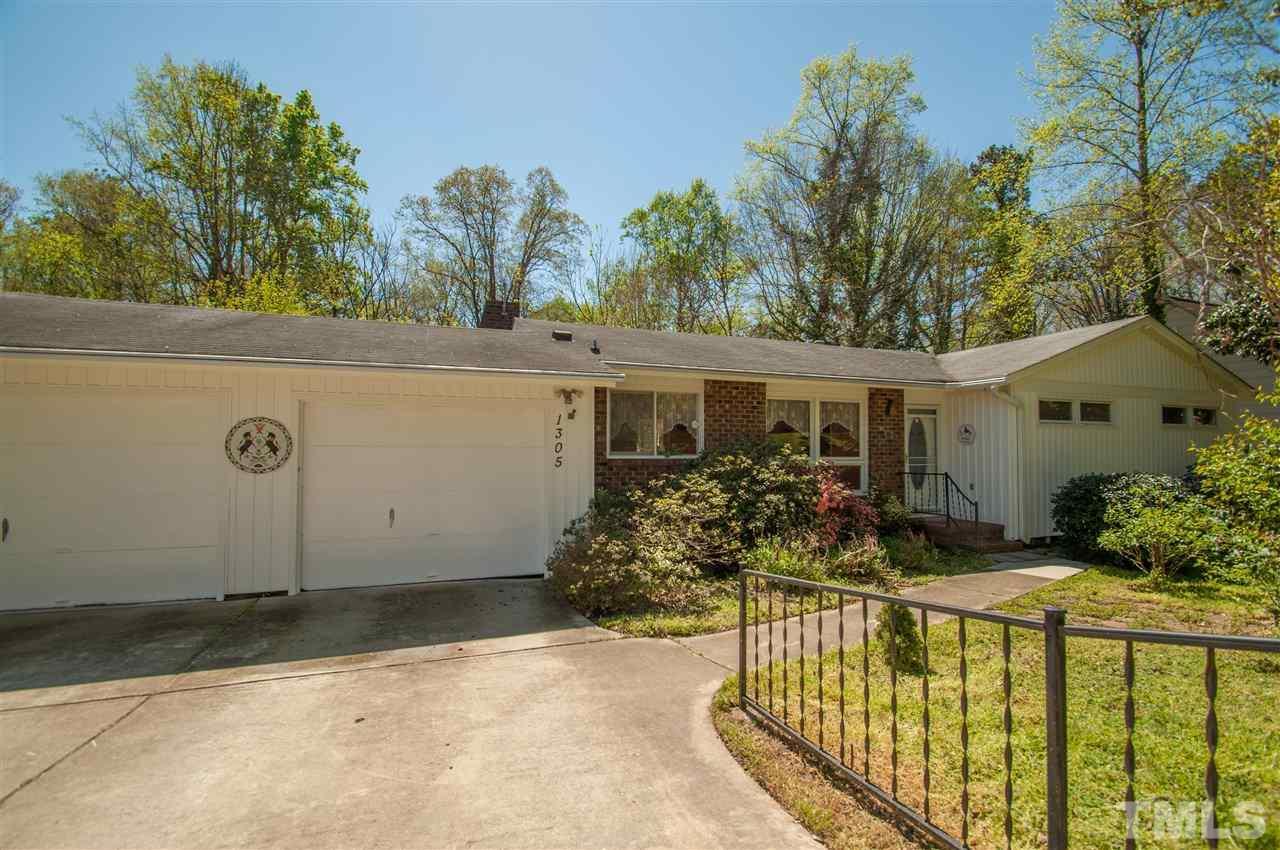 1305 Shelley Rd, Raleigh, NC