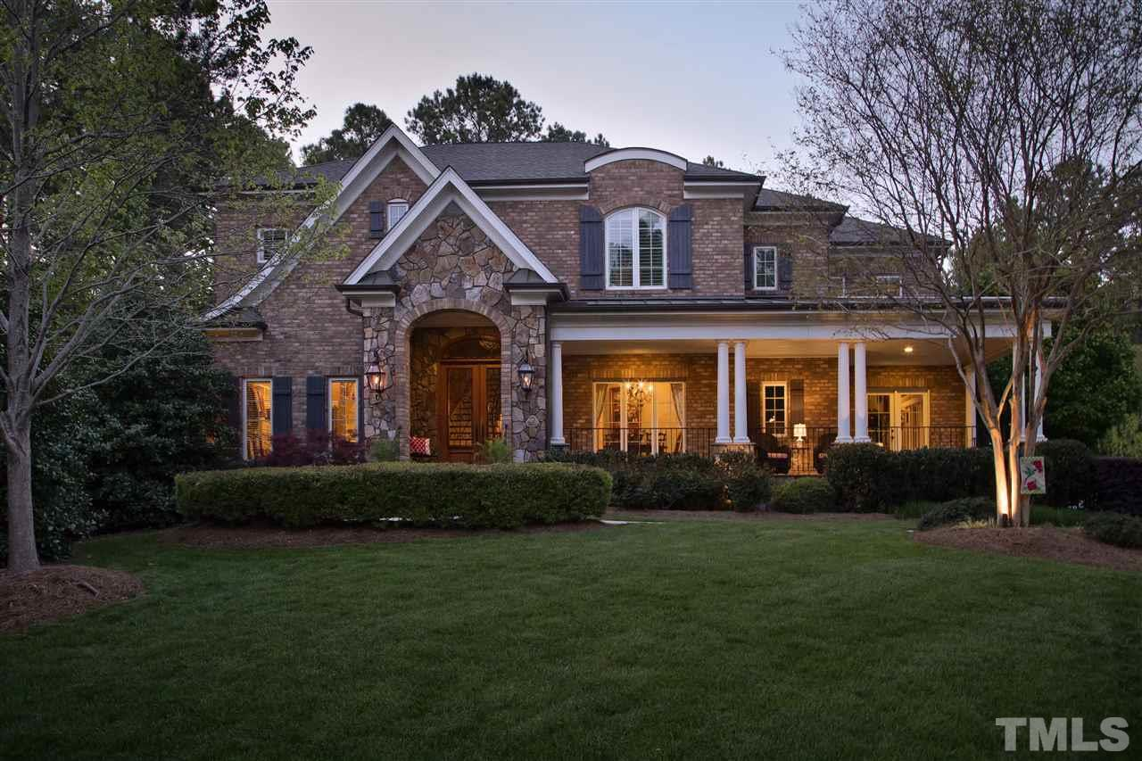 8904 Cape Henry Dr, Raleigh, NC