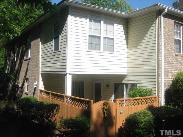 377 Summerwalk Cir #APT 377, Chapel Hill NC 27517