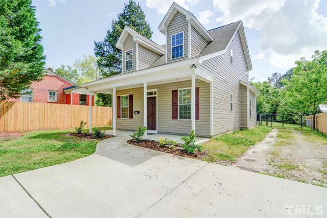 207 W Horne St, Clayton NC 27520