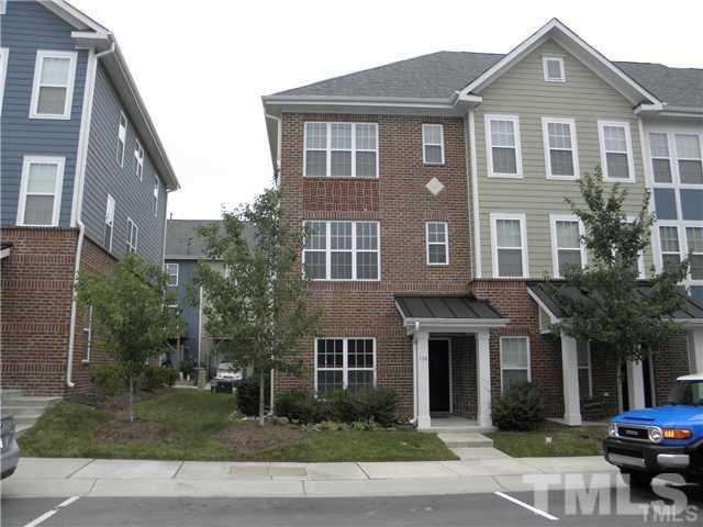 156 Dove Cottage Ln, Cary, NC