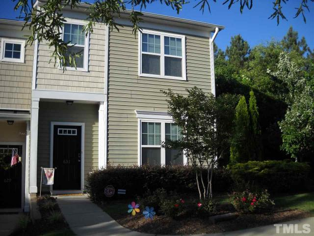 631 Elm Ave Wake Forest, NC 27587