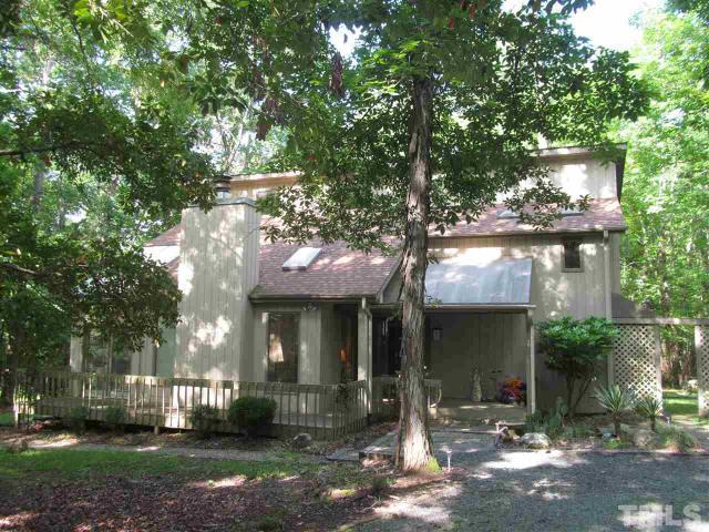 104 Dixie Dr Chapel Hill, NC 27514