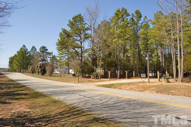 Redlawn Road, Bracey, VA 23919