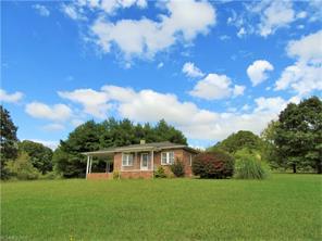 443 Hoopers Creek Rd, Fletcher, NC