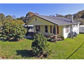 226 Max Thompson Rd, Canton, NC