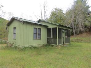 390 Willow Springs Cv, Hendersonville, NC