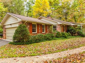 117 Estate Dr, Hendersonville, NC
