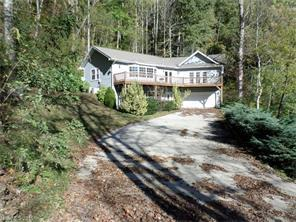 386 Mountain View Dr, Maggie Valley NC 28751