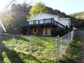1256 Mauney Cove Rd #APT 1, Waynesville NC 28786