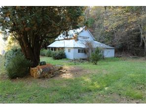 275 Hickory Cove Rd, Bryson City, NC