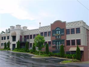 37 Hiawassee St #APT w101, Asheville, NC