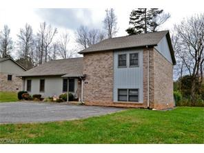 18 Whispering Pines Dr #APT 18, Marion, NC